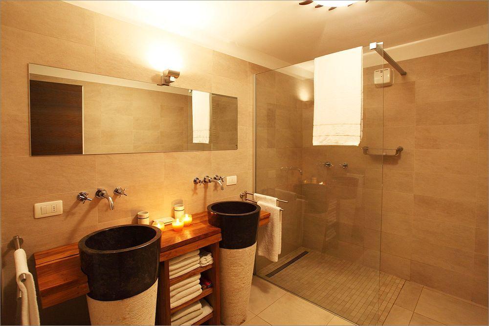 Luxe Villa Badkamer : Badkamer luxe douche u devolonter