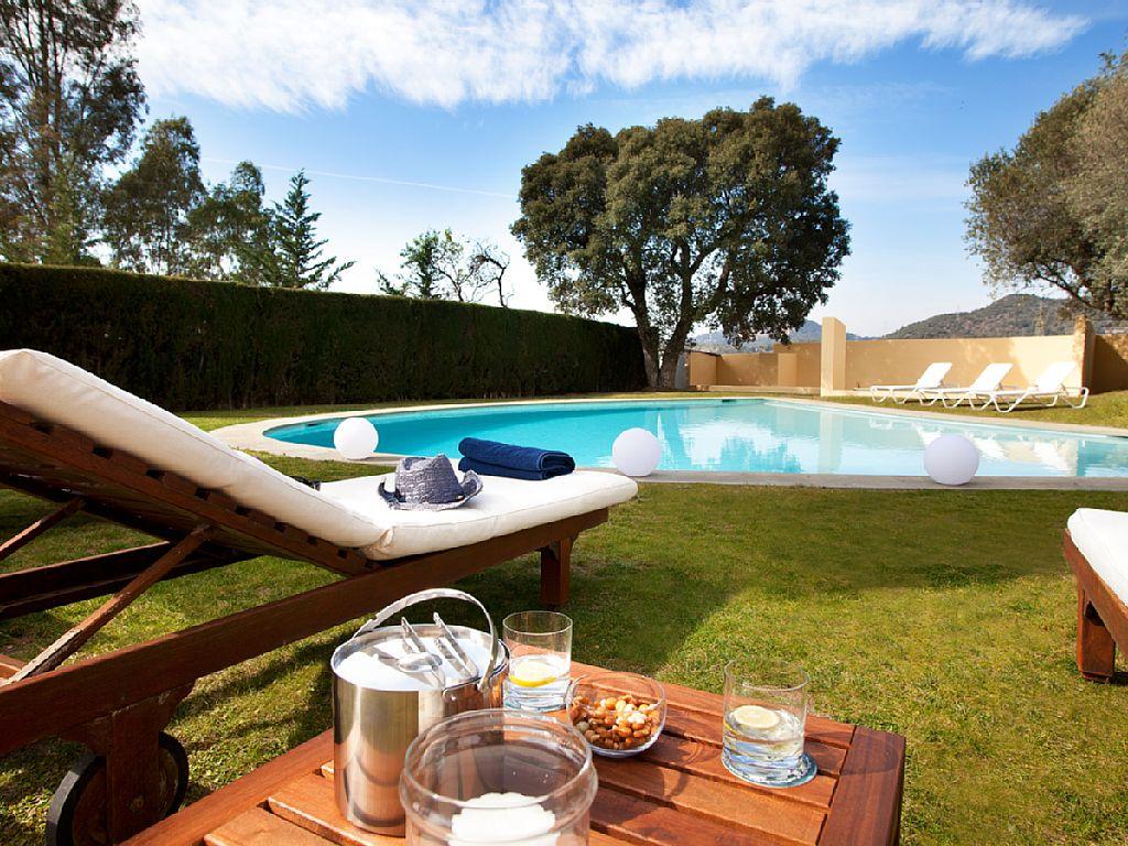 Luxus Ferienhaus Mit Pool Und 6 Schlafzimmer Barcelona